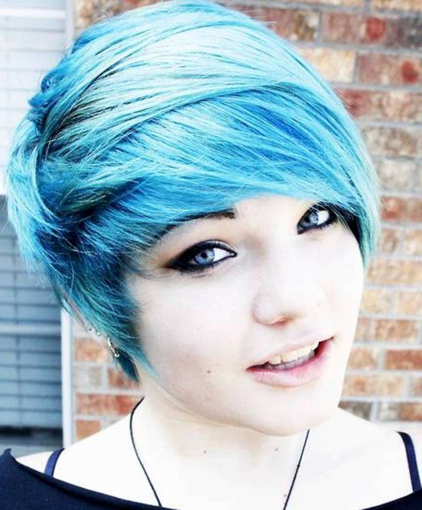 Short Hairstyles And Colors - 3