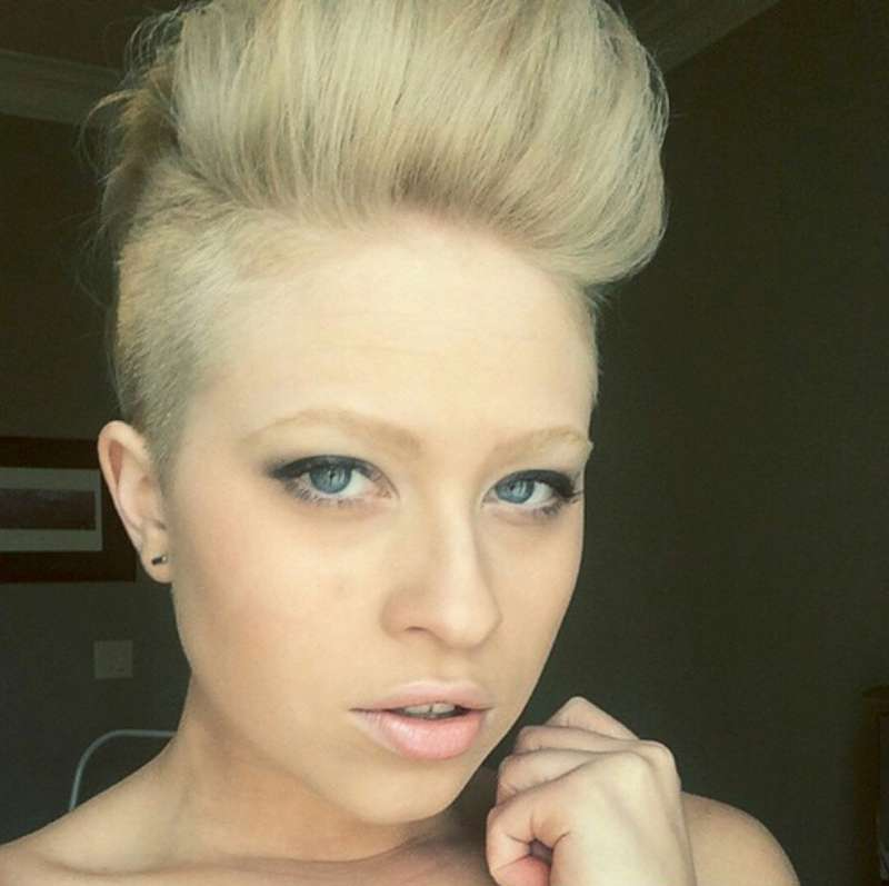 Short Hairstyles - 17