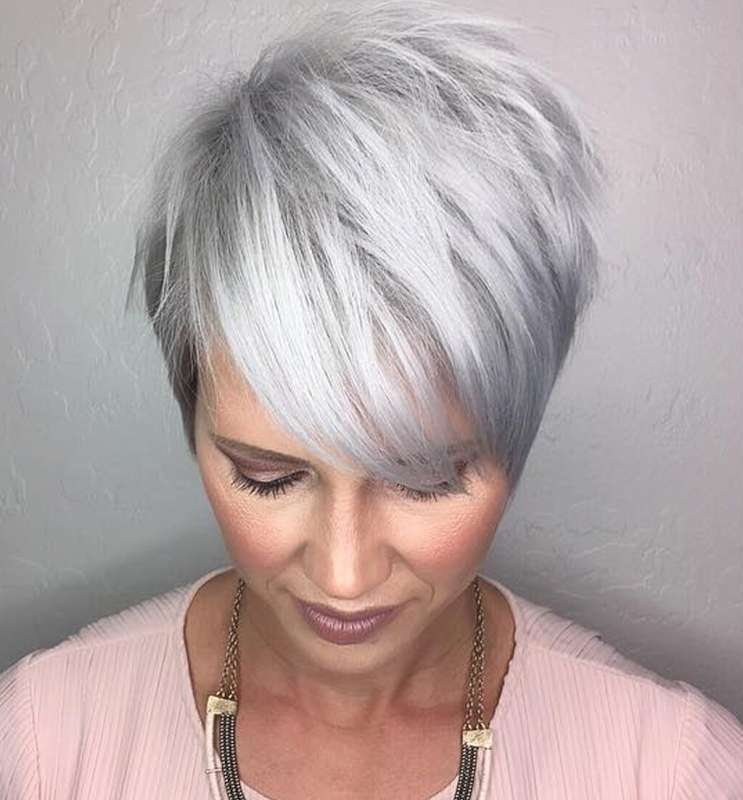 Short Hairstyle Grey Hair  2  Fashion And Women