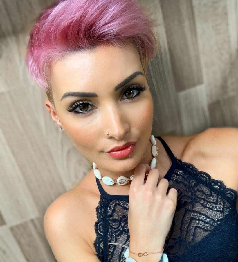 Jenny Schmidt Short Hairstyles – 17