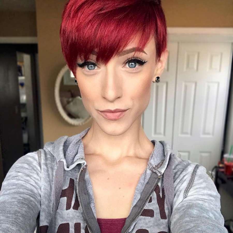 Olivia Devries Short Hairstyles - 1