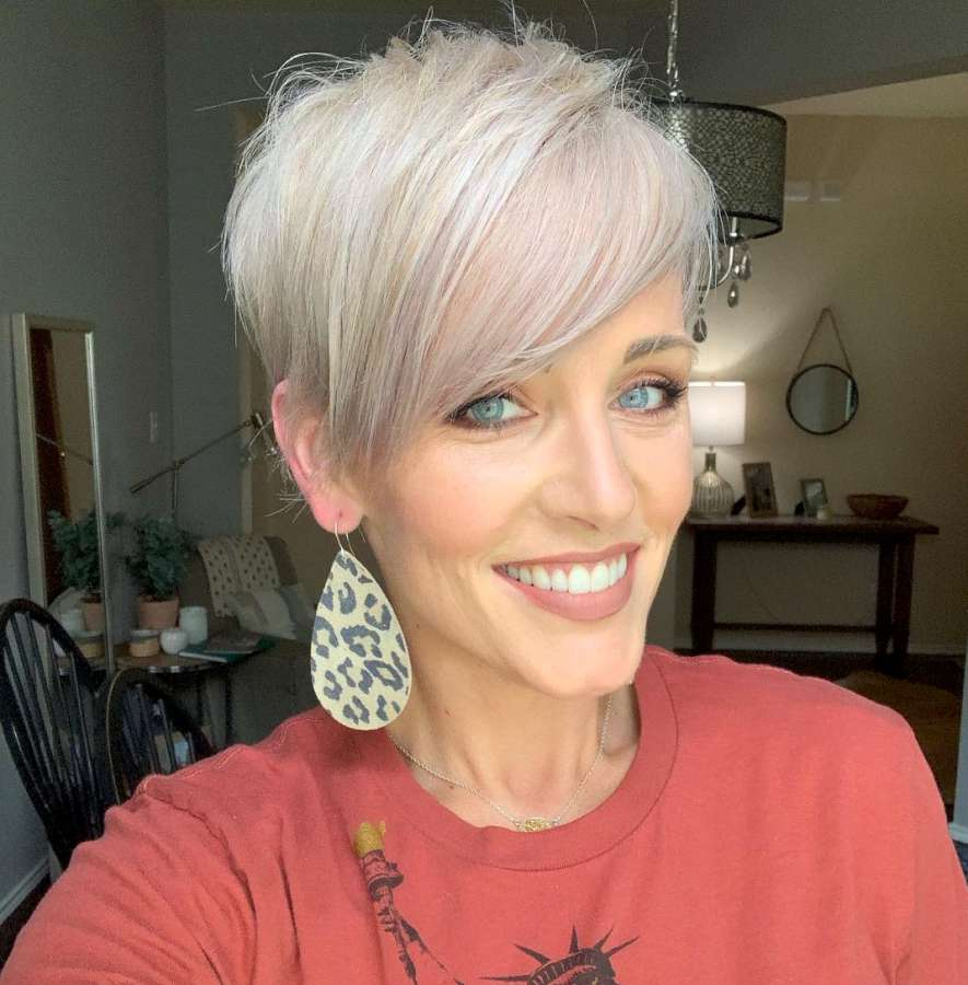 Short Hairstyles Haley Young - 12  Fashion and Women